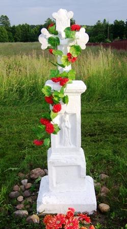 krzyż majówkowy na rudzie